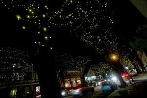 Ridgefield holiday tree lighting on Friday - Photo