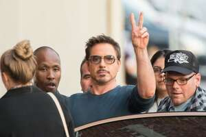 Robert Downey, Jr. ships his furniture to movie location for his cats - Photo