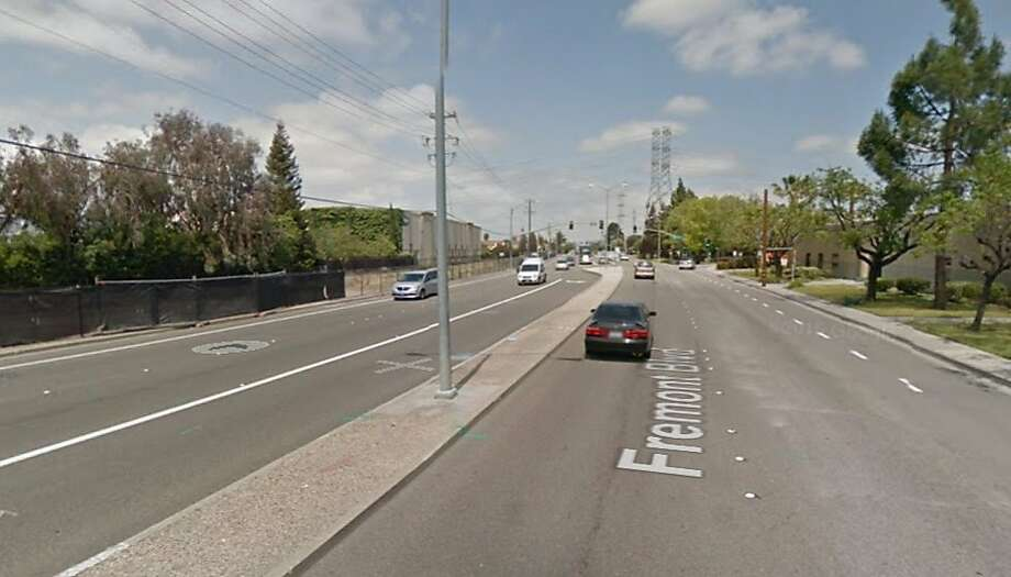 A Google street view shows the stretch of southbound Fremont Boulevard where a pedestrian was fatally struck early Wednesday morning. Photo: Google Maps