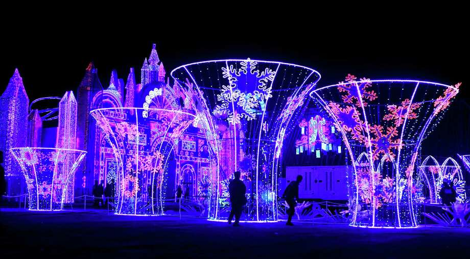 The 2015 Magical Winter Lights event will be a daily evening attraction at Sam Houston Race Park through Jan. 10. Photo: Mark Mulligan, Staff / © 2015 Houston Chronicle