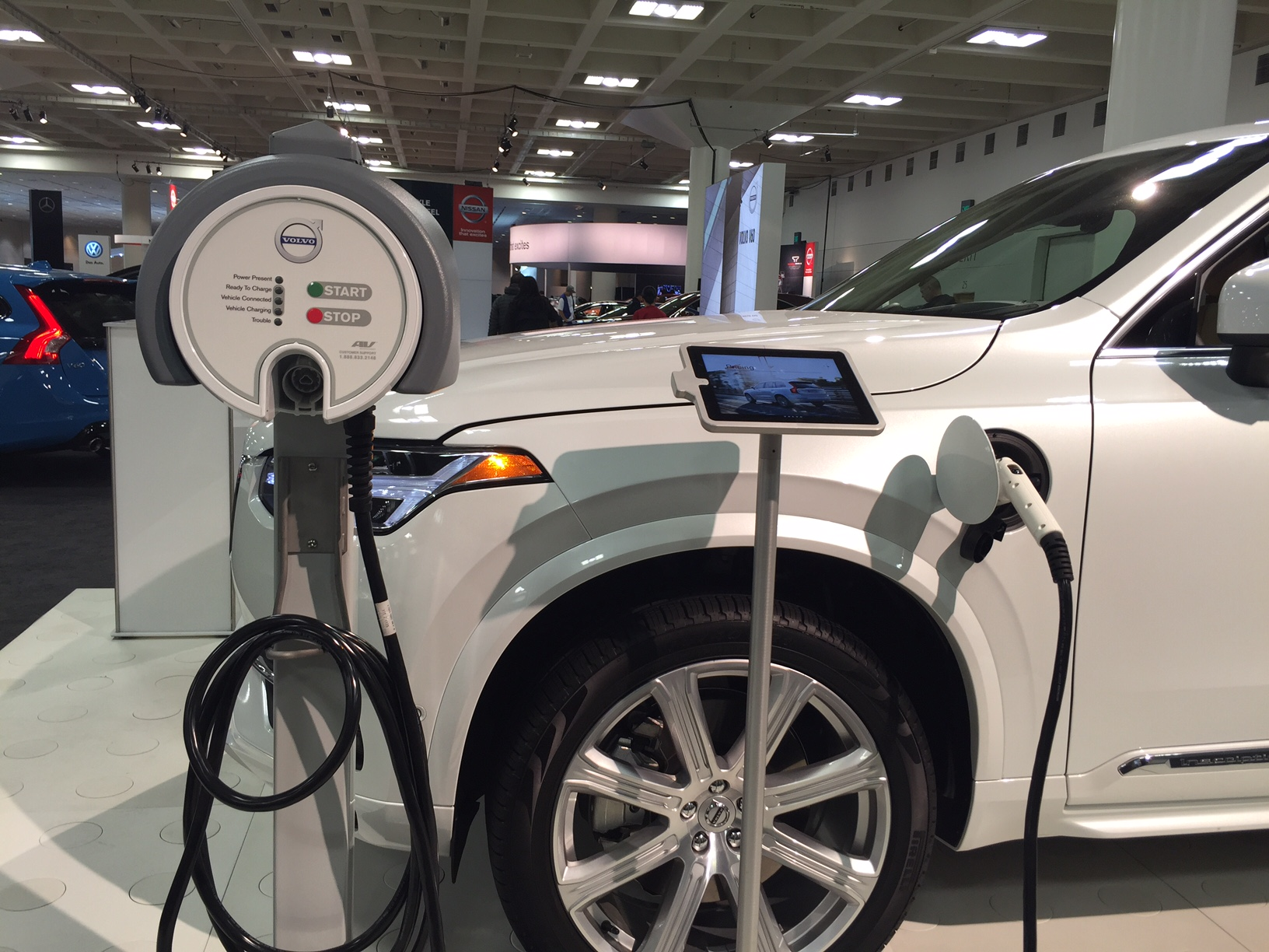 Innovation and alternative fuel technology at the S.F. Auto Show