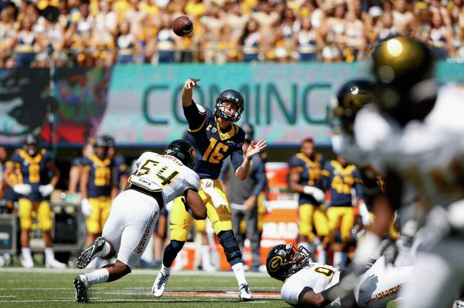 BERKELEY, CA - SEPTEMBER 05:  Jared Goff #16 of the California Golden Bears throws the ball against the Grambling State Tigers at California Memorial Stadium on September 5, 2015 in Berkeley, California.  (Photo by Ezra Shaw/Getty Images) Photo: Ezra Shaw / Getty Images / 2015 Getty Images