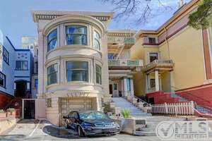 $5 million for bow-windowed beauty in Russian Hill - Photo