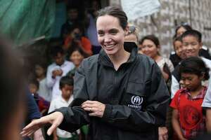Cambodia film festival enlists Jolie - Photo