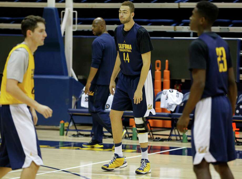 Sophomore center Kameron Rooks prepares to run a drill during a Cal Bears men's basketball practice in Berkeley, California, on Wednesday, Oct. 7, 2015. Photo: Connor Radnovich / The Chronicle / ONLINE_YES