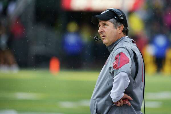 EUGENE, OR - OCTOBER 10: Head coach Mike Leach of the Washington State Cougars looks up at the video screen during the third quarter of the game against the Oregon Ducks at Autzen Stadium on October 10, 2015 in Eugene, Oregon.