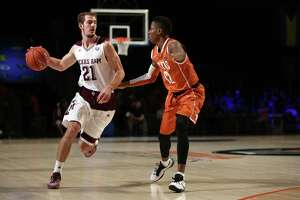 A&M pulls off upset of Gonzaga, earns spot in Battle 4 Atlantis final - Photo