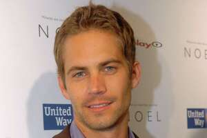 Paul Walker's father sues Porsche for negligence - Photo
