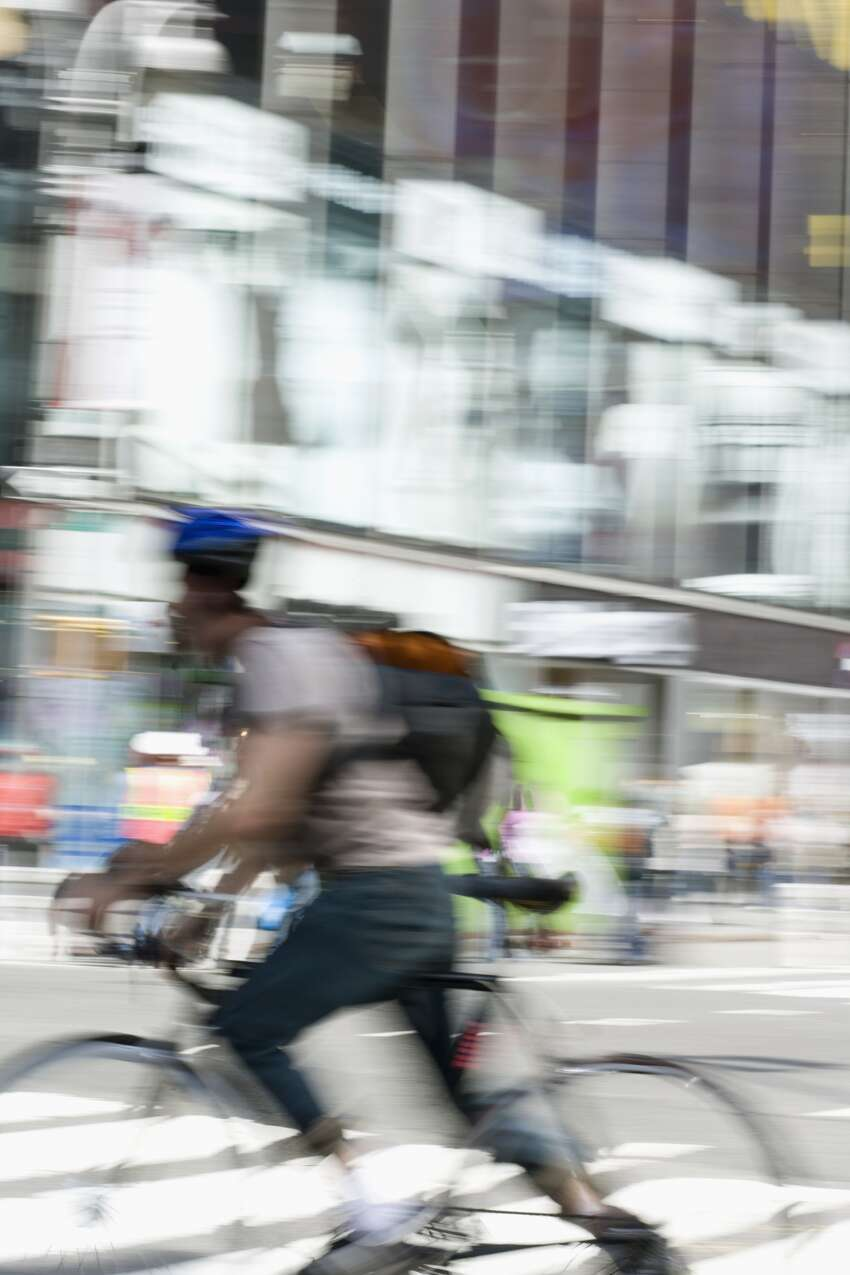 An unidentified man assisted a homeless woman after she gave birthon Market Street in San Francisco on Nov., 23, 2015. Witnesses claim the man was a bike messenger.(file photo used for illustration)
