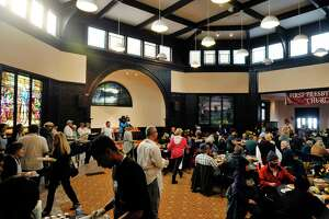 Community joins together in Albany at annual Equinox Thanksgiving dinner - Photo