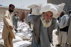Combatting waste, fraud in Afghan aid - Photo