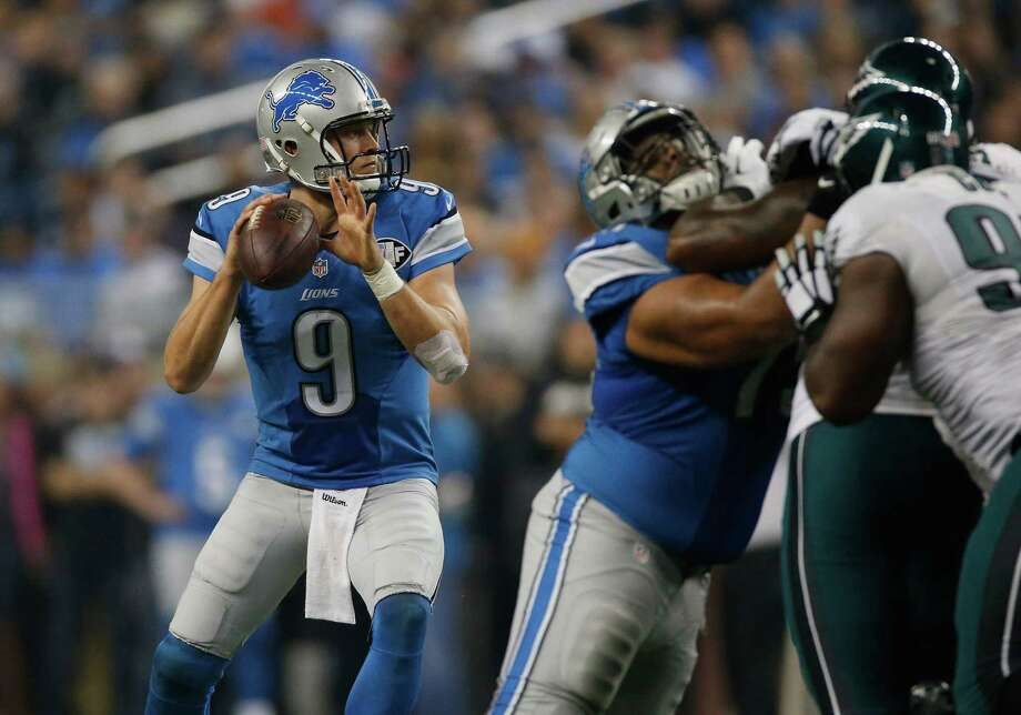 DETROIT, MI - NOVEMBER 26: Matthew Stafford #9 of the Detroit Lions throws a second quarter pass against the Philadelphia Eagles at Ford Field on November 26, 2015 in Detroit, Michigan. (Photo by Gregory Shamus/Getty Images) ORG XMIT: 582311641 Photo: Gregory Shamus / 2015 Getty Images