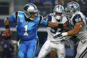 Romo hurt again in loss - Photo