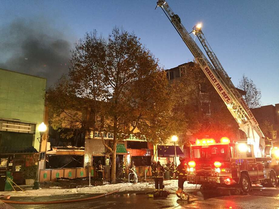 A 2-alarm fire broke out Friday morning at the Mandarin Garden restaurant on Shattuck Avenue, near University Avenue, in Berkeley. Photo: Kale Williams
