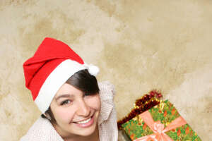 Should I job search through the holidays? - Photo