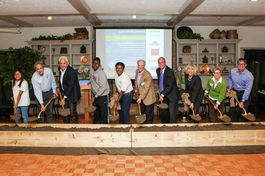 Homeaid Partners In Building Break Ground For New Cottage At Boys And Girls Country Houston
