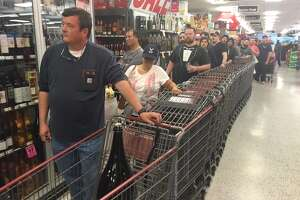 Here's what Black Friday looks like at a liquor store - Photo