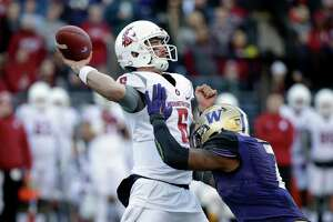 Live: UW, WSU meet in Apple Cup - Photo