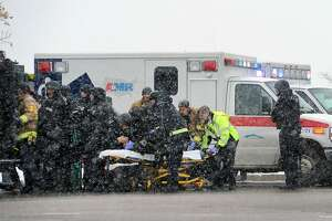 Attack at Colorado Planned Parenthood clinic kills 3; man held - Photo