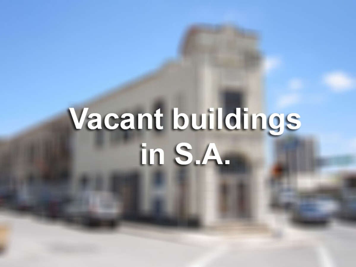 Owners of vacant buildings in downtown San Antonio and other areas have begun receiving notices informing them that they will be fined if they do not comply with the city's vacant buildings ordinance.