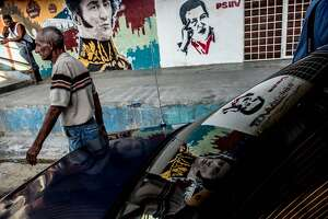 Venezuelan opposition gains as Chavez family loses supporters - Photo