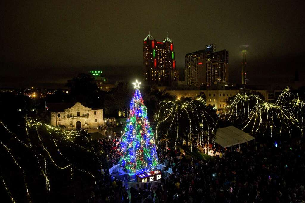 18 of the best places to see holiday lights in San Antonio this ...