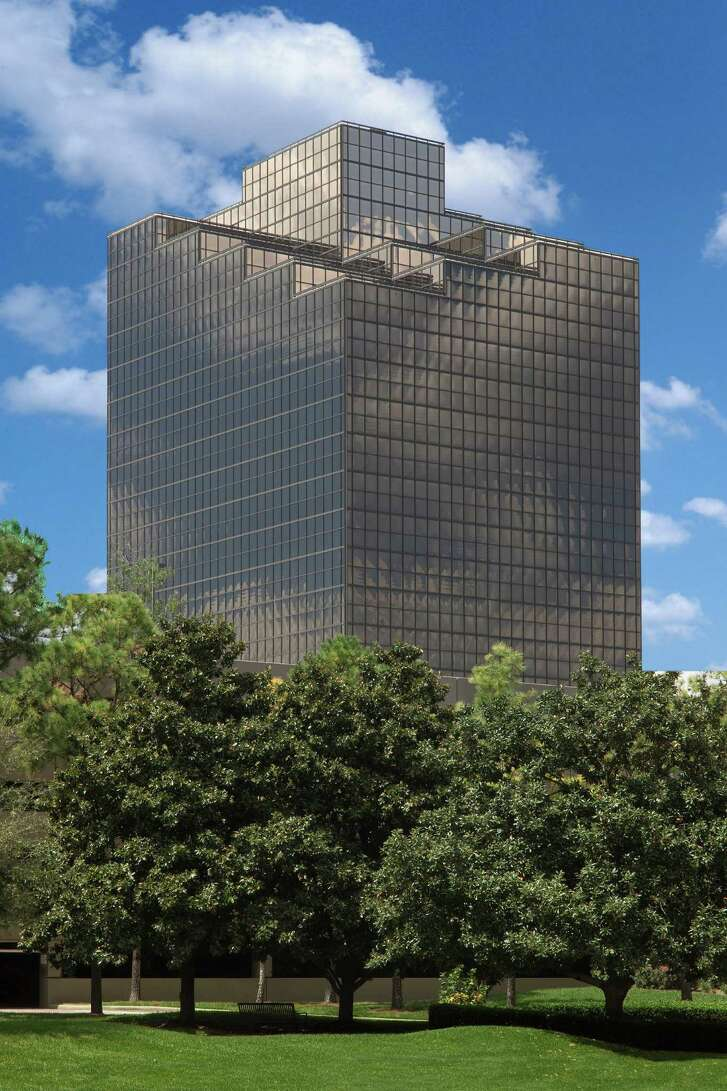 White Oak Operating has leased a full floor at 4 Greenspoint Place at 16945 Northchase Drive.