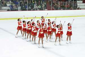 Skyliners synchronized skaters start season in style - Photo