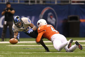 Bowl-bound Middle Tennessee throttles UTSA, 42-7 - Photo