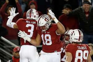 Stanford tops Notre Dame with field goal on final play - Photo