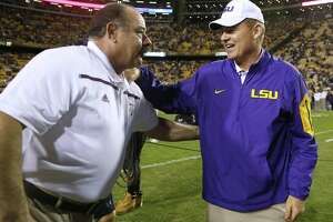 LSU tops Texas A&M on emotional night - Photo