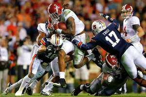 Alabama prevails in Iron Bowl - Photo