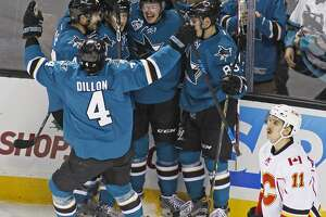 San Jose Sharks beat Calgary Flames 5-2 - Photo