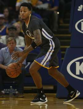 Warriors' Brandon Rush takes the ball down the court during the Golden State Warriors vs. the Sacramento Kings game in Oracle Arena Nov. 28, 2015 in Oakland, Calif.