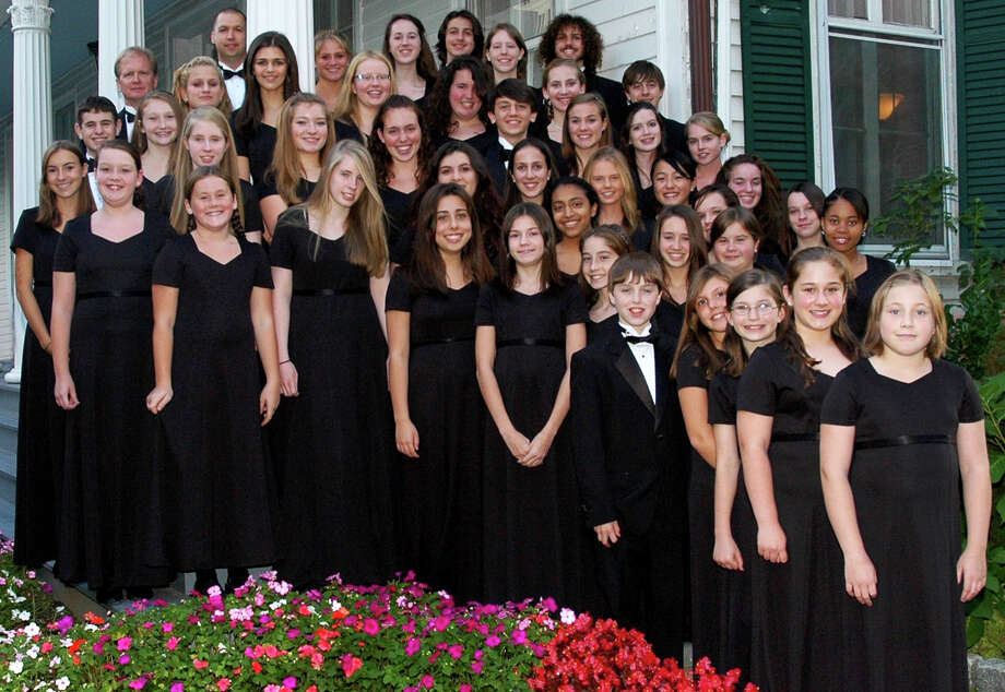 The chamber singers of the Fairfield County Children's Choir will perform Dec. 12 at St. Thomas Aquinas Church. Photo: Contributed Photo / Fairfield Citizen