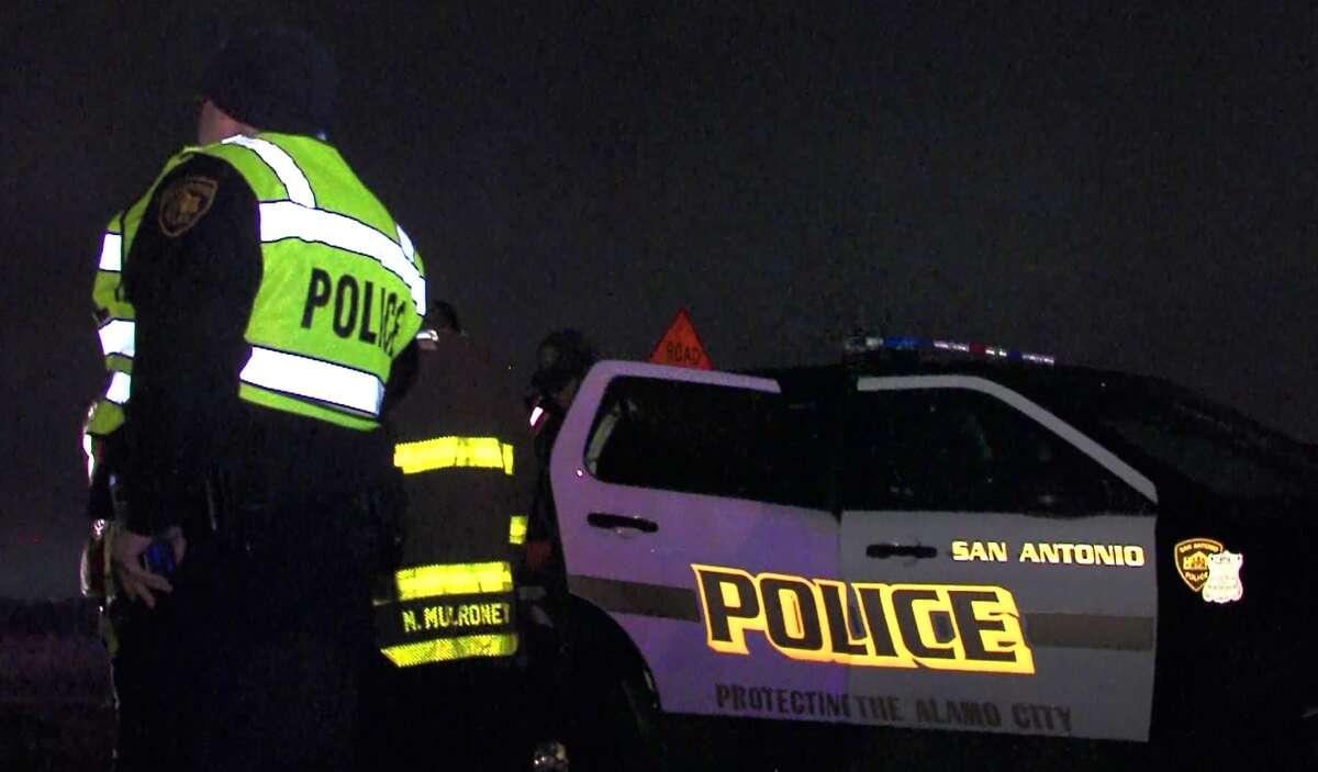 FILE PHOTO - San Antonio Police investigate the scene of a wreck near downtown Nov. 29, 2016.