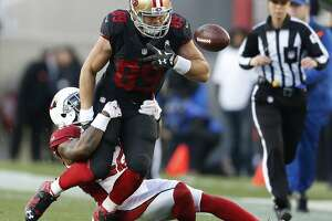 49ers fall to Cardinals 19-13 on Carson Palmer's late TD run - Photo