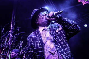 Clinton, Parliament Funkadelic show there's more than enough fuel left in the Mothership - Photo