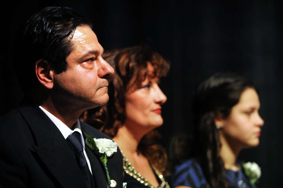 Mayor David Cassetti, his wife and daughter during his 2013 inauguration. Photo: Ned Gerard / Ned Gerard / Connecticut Post