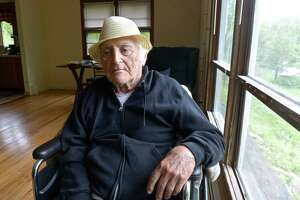 New Fairfield WWII vet fights nursing home bill - Photo