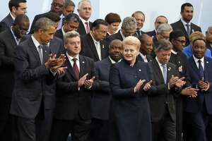 World leaders gather to try to save Earth from overheating - Photo
