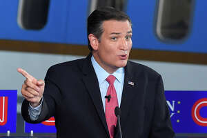 Cruz plays well in Iowa - Photo