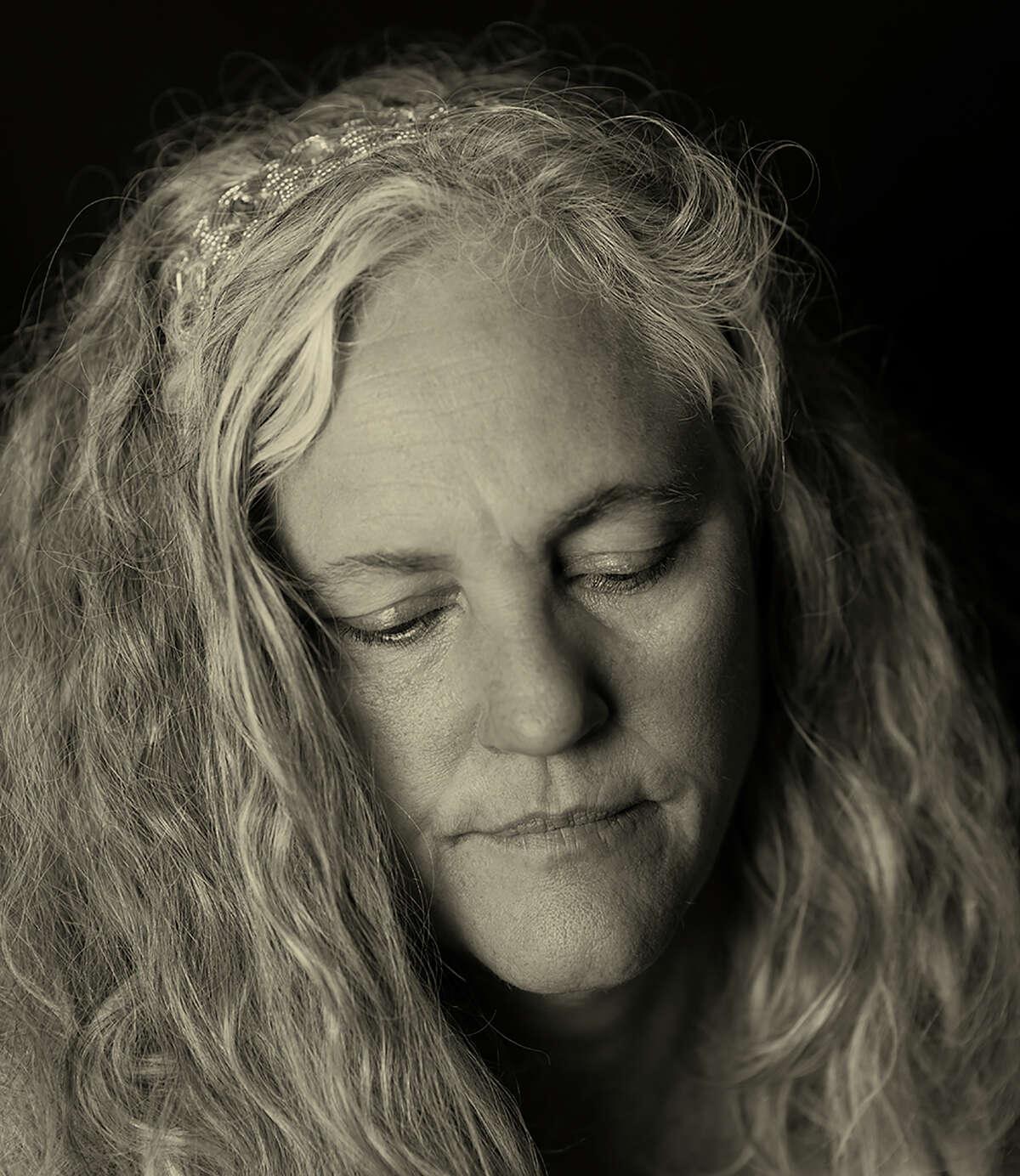 Lauren Browning is one of the artists in Ramin Samandari's