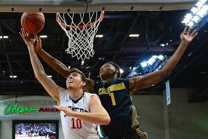 Cal's youthful basketball hurt by foul troubles - Photo