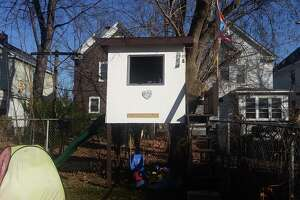 Chris Churchill: Fight over backyard playhouse is no game - Photo