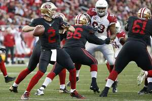 Gabbert's safety-first approach isn't keeping 49ers' drives alive - Photo