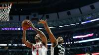 Spurs fall to Bulls, 92-89 - Photo