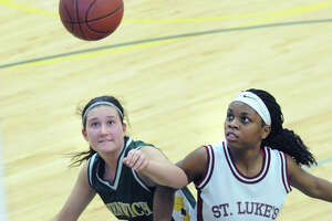Greenwich Academy basketball team set to take the next step - Photo