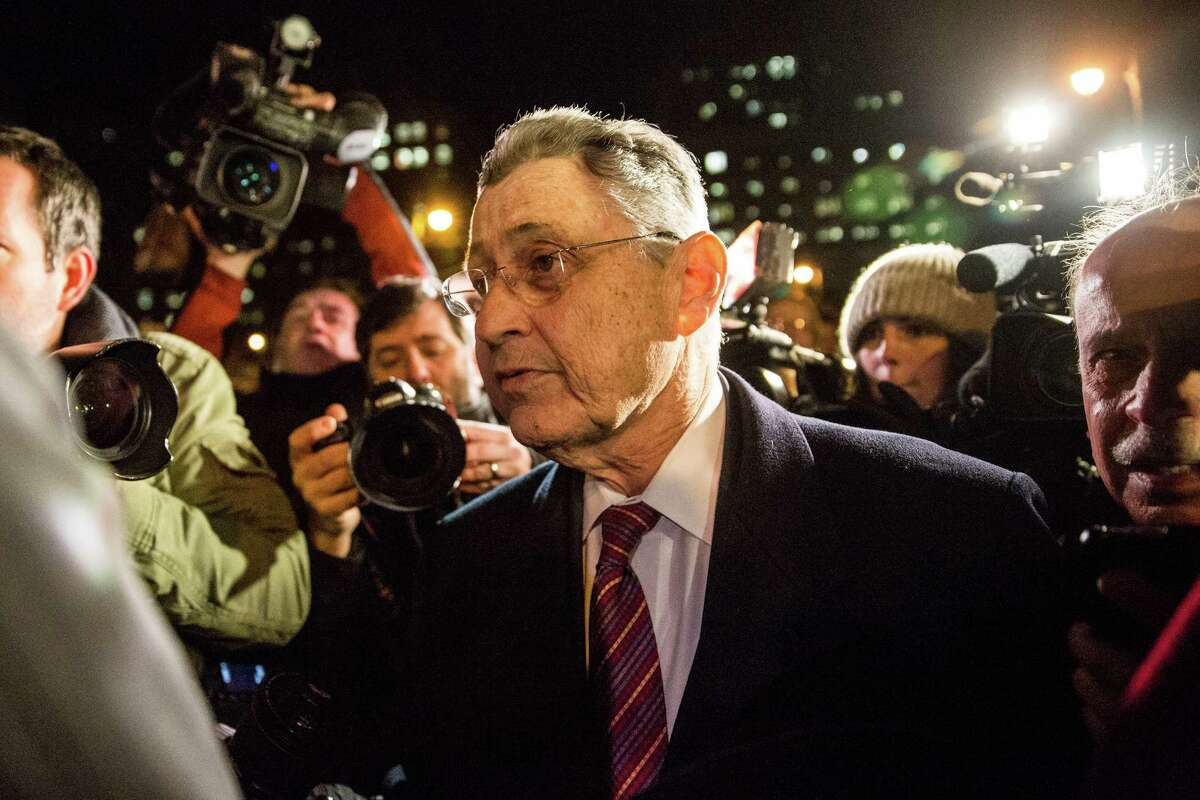 NOVEMBER 30: Former New York Assembly Speaker Sheldon Silver leaves federal court after being found guilty on seven charges on November 30, 2015 in New York City. Sheldon will be sentenced on January 10, 2016. (Photo by Andrew Burton/Getty Images)