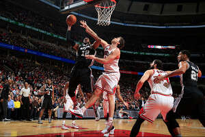 Postgame Wrap: Second quarter the difference, as Spurs fall to Bulls - Photo
